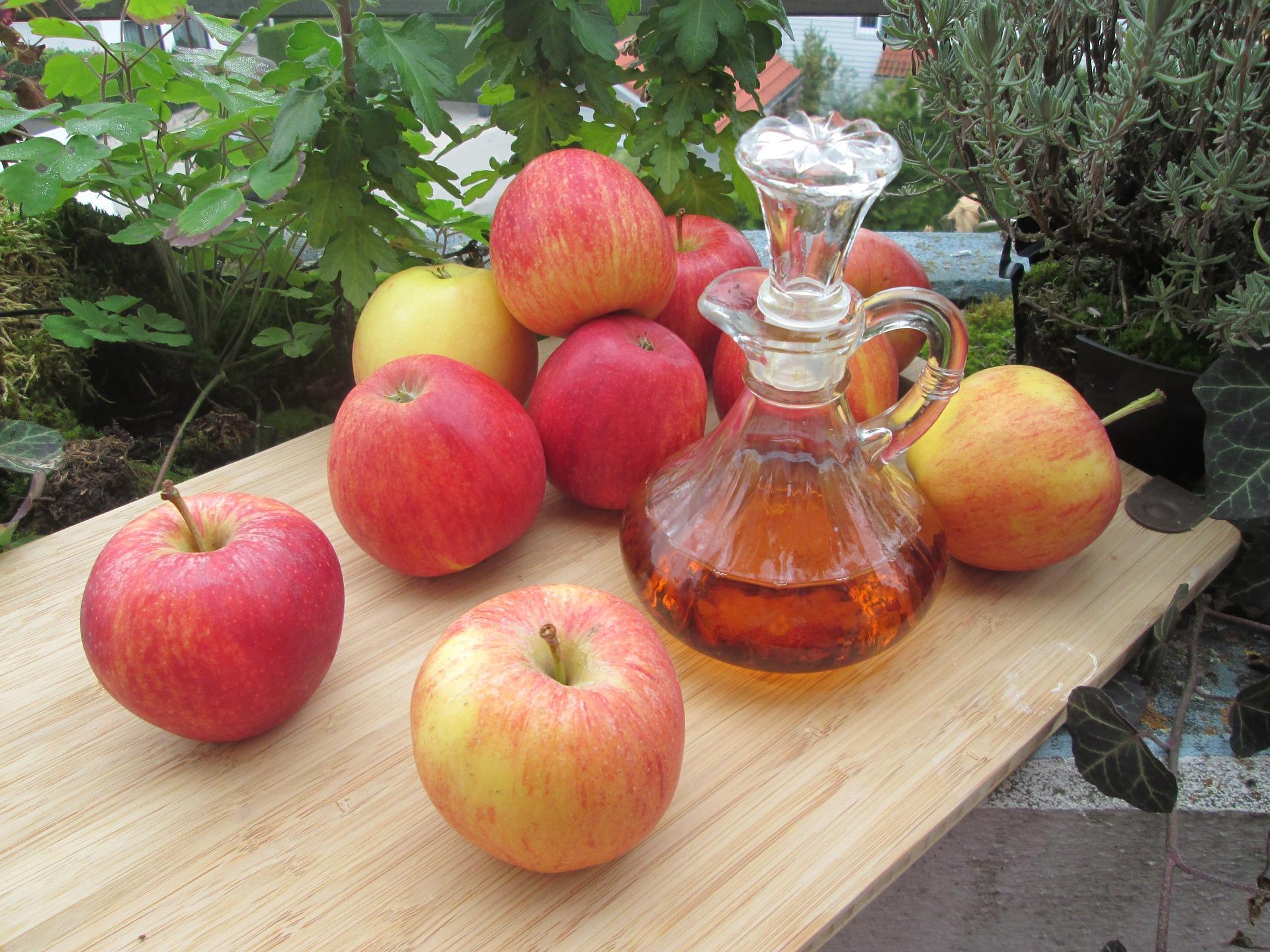 Superpotraviny pro zdravou pleť: Jablečný ocet